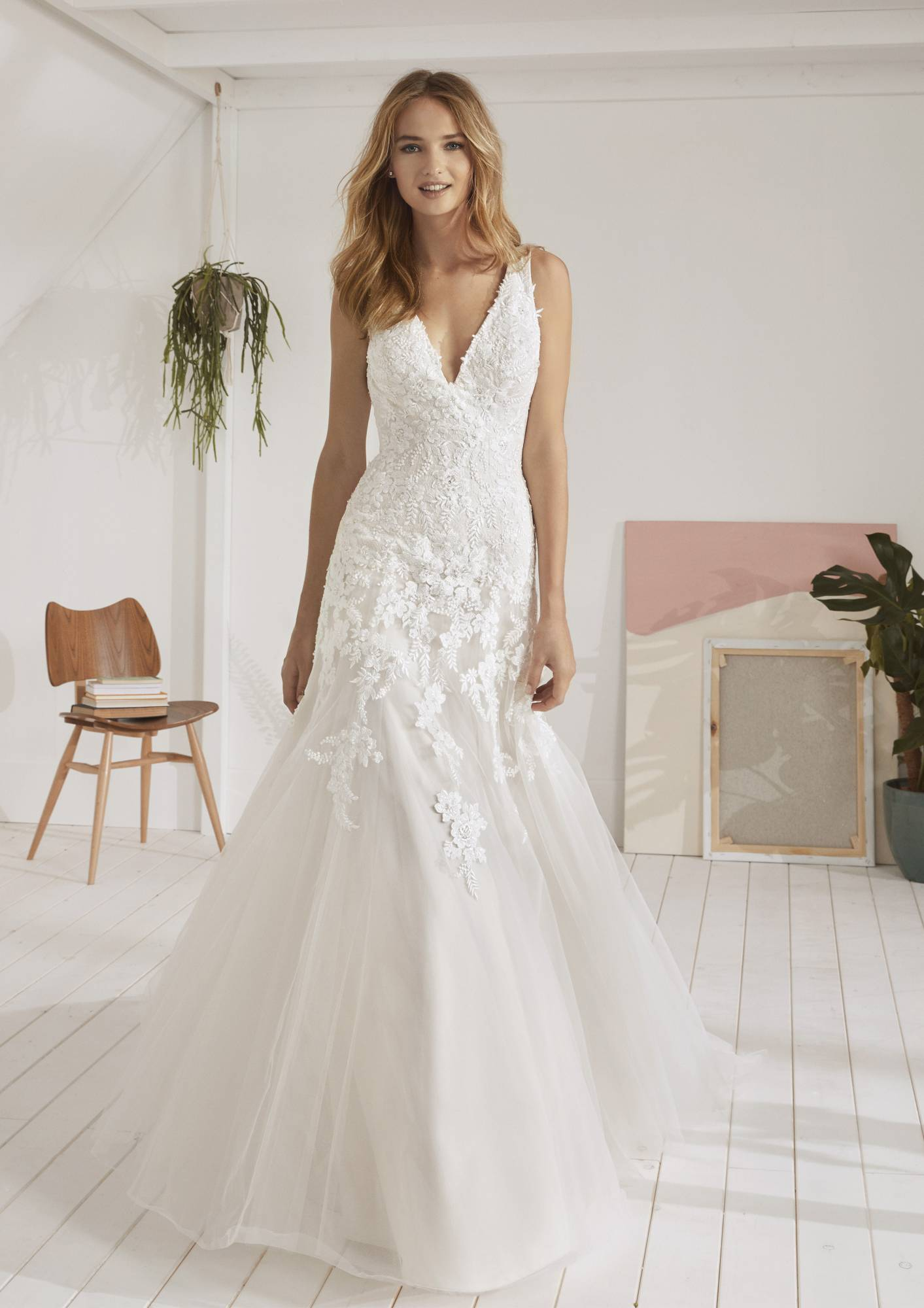 robe de mariée Oviedo white one 2019, fashion group Pronovias, robe de mariée  princesse